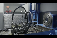 Испытание ремонтного гидрораспределителя под нагрузкой