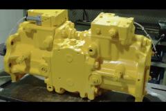 Покрашенный ремонтный гидронасос готов к работе